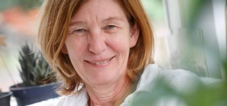 Ria zag hele generaties opgroeien: 'Een tandartspraktijk is als een café zonder drank'