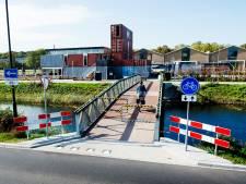 Fietsbrug bij Zwitsal Apeldoorn schuift op termijn op