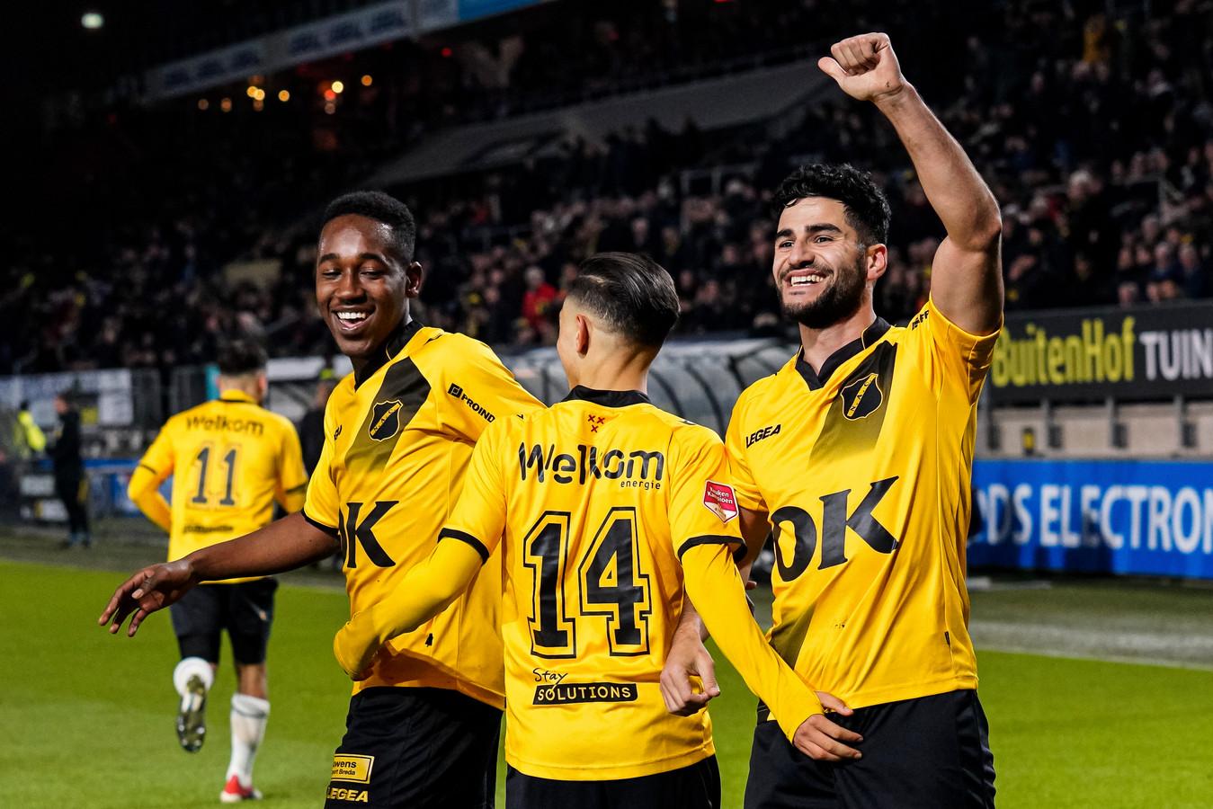 Mashart, Boussaid en Dogan na de 1-0 tegen MVV.