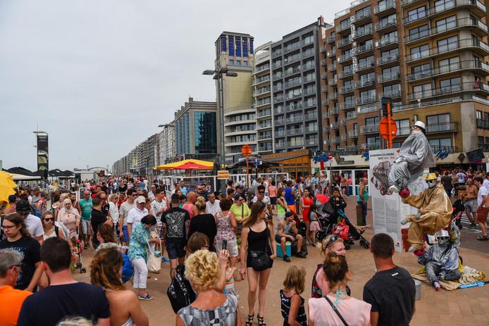 Kritiek op de 'Atlantikwall' langs de Vlaamse kust is er al tientallen jaren.