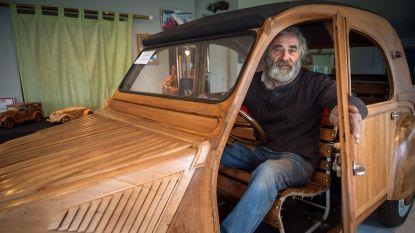 Fransman werkt zes jaar aan houten Citroën 2CV