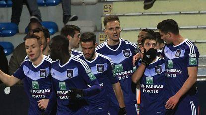 Anderlecht blijft in spoor van Club na ruime zege in Westerlo