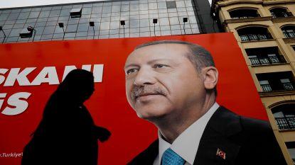 Erdogan eist overwinning in Turkse presidentsverkiezingen op, oppositie spreekt van manipulatie
