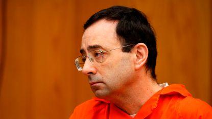 Larry Nassar ontsnapte in 2004 aan straf door politie met powerpointpresentatie van zijn onschuld te overtuigen