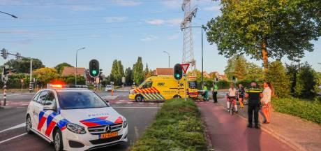 Wielrenner en scooterrijder botsen in Geldrop