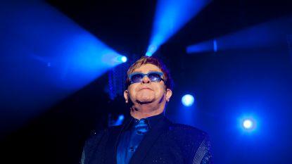 Elton John schiet ex-verloofde van 50 jaar geleden financieel te hulp