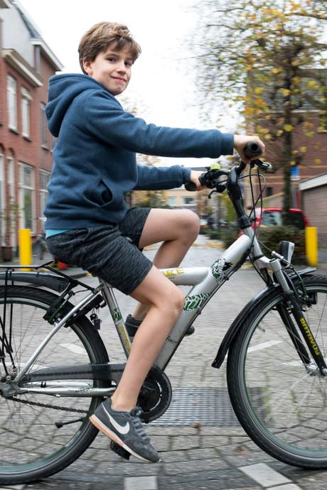 Tieme Hogendoorn (9) krijgt landelijke aandacht voor zijn 'blote benen'-actie