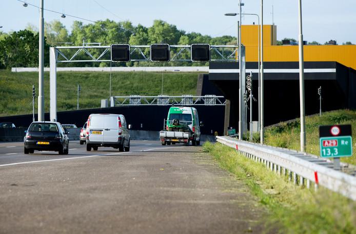 De Heinenoordtunnel in de A29.