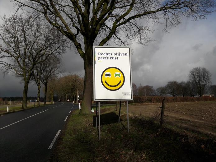 Het bord bij de Canadese begraafplaats in Groesbeek.