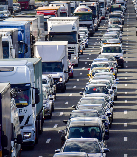 Truckers krijgen boetes op Belgische wegen