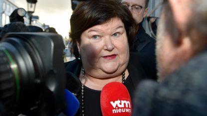 """Maggie De Block: """"Vervroegde verkiezingen? Daar zal de man in de straat voor betalen"""""""