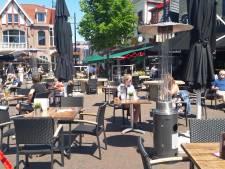 Terrassen in Oldenzaal stromen vol, maar het is nog wel een beetje onwennig