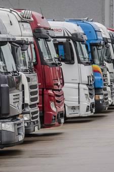 'Buitenlandse truckers waarschuwen bij storm'