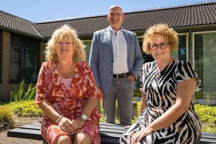 Ivonne Megens (links), Ineke Soetens (rechts) en Ton Wouters.