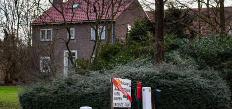 Echtpaar staat doodsangsten uit tijdens overval op boerderij in Emmeloord: overvallers dreigen pink af te knippen
