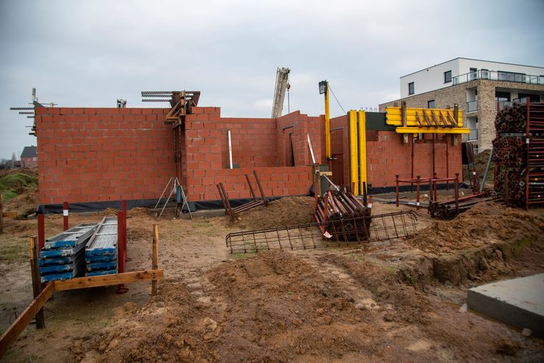 Op de site Groot Bewijk worden 18 nieuwe koopwoningen gebouwd. Eerder werden er ook al assistentieflats in gebruik genomen.