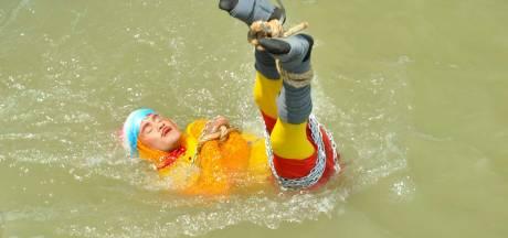Le corps du magicien indien retrouvé dans le Gange