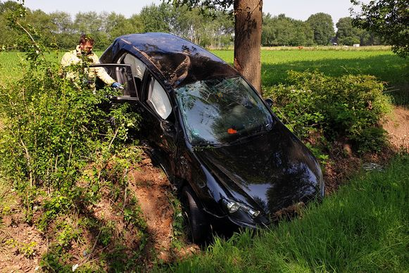 In het Nederlandse voertuig zat een gezin met twee kinderen.