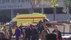 Minstens 17 doden in school op de Krim na explosie en schietpartij: verdachte pleegt zelfmoord, politie zoekt mogelijke mededaders