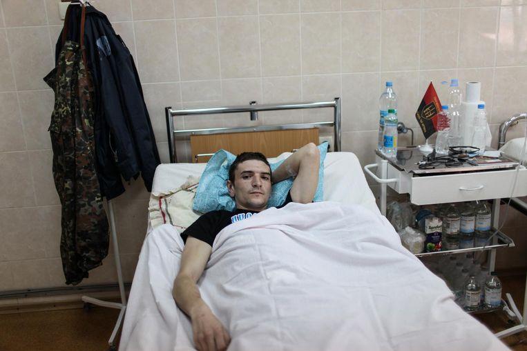 Maxim Chernyshev, 27. Buikwond door een sluipschutter terwijl hij de vijand bespiedde. Mechnikova ziekenhuis. Dnipro, Oekraïne Beeld Oleksandr Techynskyi