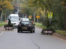 Paar plantenbakken op Ringbaan in Molenhoek 'veel te weinig'
