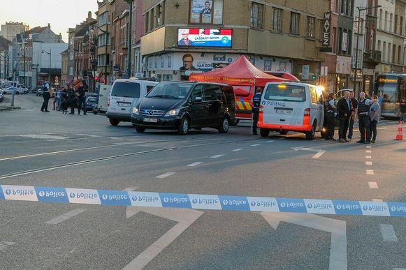 Het kruispunt werd na het ongeval meteen afgezet.