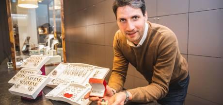 """Ringen in VTM-programma Blind Getrouwd komen van Gentse juwelier Van Bignoot: """"De kandidaten mogen ze houden, zelfs als ze niet bij elkaar blijven"""""""