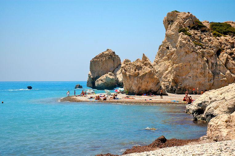 De familie van de overleden Dennis wil zijn as in de Middellandse Zee bij Cyprus uitstrooien.