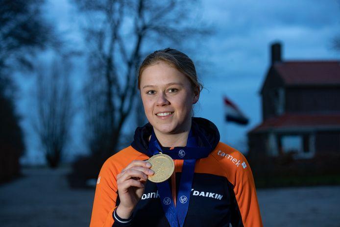 Schaatster Femke Beuling werd afgelopen weekend wereldkampioen 500 meter bij de junioren en bij de teamsprint.