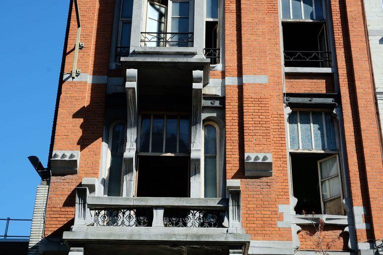 De schade in de woning, een beschermd herenhuis, bleef beperkt.