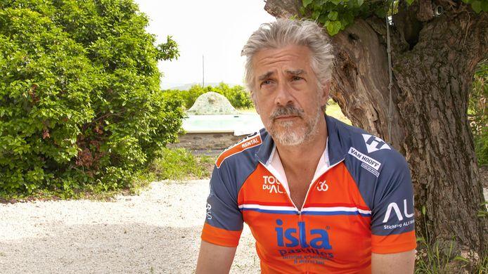 Acteur Leopold Witte fietst vandaag de Mont Ventoux op voor Stichting ALS.