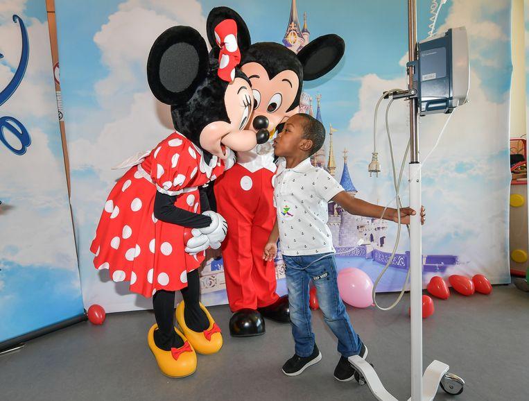 Mickey en Minnie bezoeken het Universitair Kinderziekenhuis Koningin Fabiola