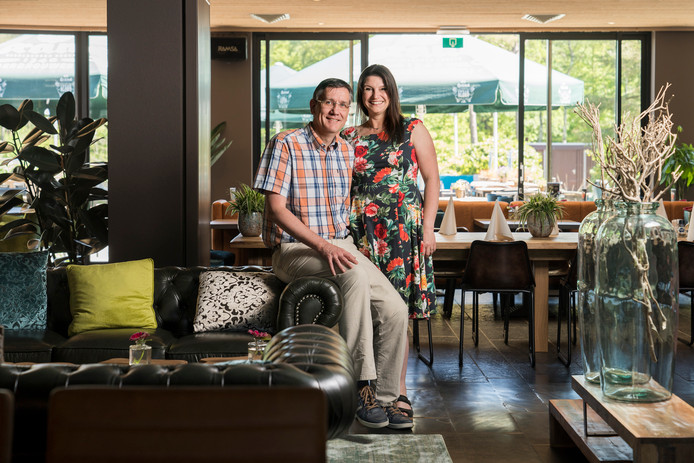 De nieuwe eigenaars van Hotel Guldenberg in Helvoirt: het Drunense echtpaar Dennis en Franki Münninghoff.