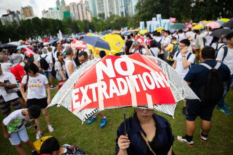 Ondanks de massale betoging heeft het bestuur van Hongkong beslist om het omstreden wetsvoorstel over uitlevering aan China volgende week te stemmen.