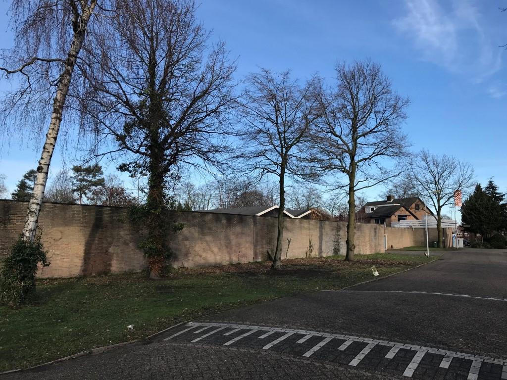 Medio februari start de sloop van de opstallen en de sanering van het terrein.