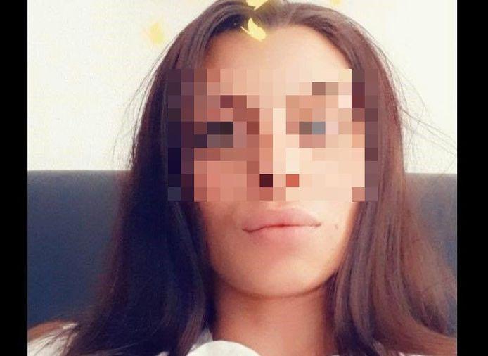 Twee klanten van Samanta D. werd afgeperst door haar vriend Nemanja K.