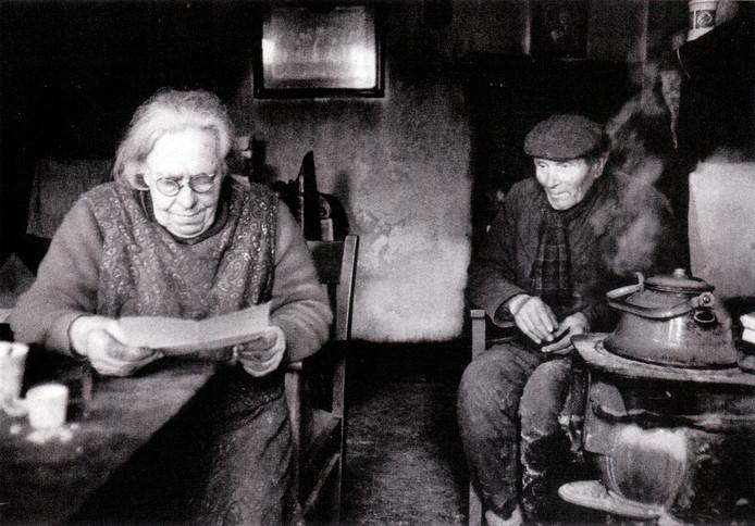 Uit de reeks Zeldzame mensen, Sjo Pol en Marinus de Bresser. foto Toon Michiels.