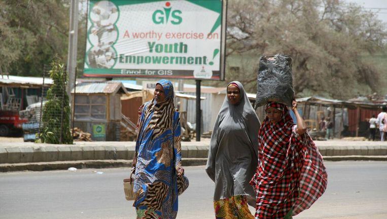 Vrouwen vluchten voor Boko Haram vanuit Maiduguri Beeld REUTERS