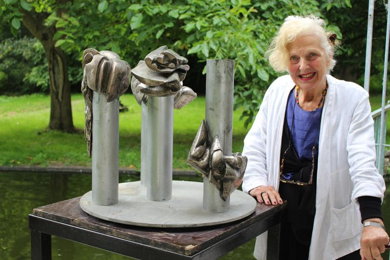 Kunstenares  Livia Canestrano wakkerde de geruchten na de diefstal aan
