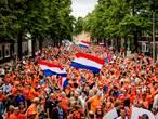 EK-journaal: Nederland in de ban van Oranjevrouwen