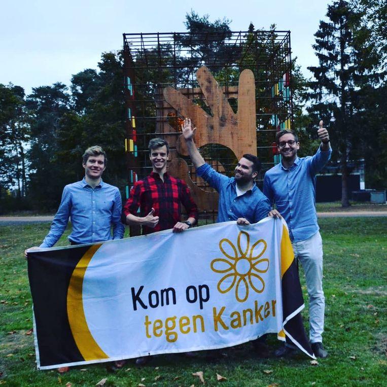 De atleten van ToP: Jonas Wilms, Yves Imbrechts, Bram Meekers, Christoph Jannis. De vijfde atleet, Thomas Geerts, staat niet op de foto.