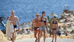 """Inlichtingendienst maant toeristen aan om Egyptische resorts direct te verlaten: """"Kans op aanslag zeer hoog"""""""