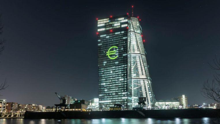 Het gebouw van de Europese Centrale Bank in Frankfurt. Beeld Hollandse Hoogte / Mauritius Ima