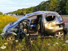 Automobiliste slaat meerdere keren over de kop op A270 tussen Nuenen en Helmond