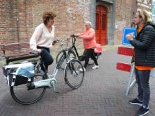 Krijg je een boete als je de fiets toch meeneemt in de winkelstraat? LPM wil duidelijke antwoorden