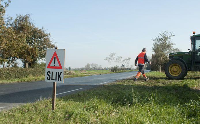 Boeren zijn verplicht om waarschuwingsbordjes te plaatsen
