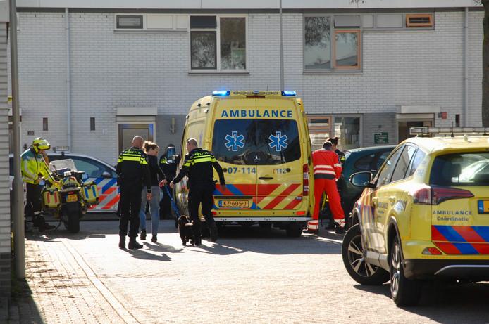 De ambulance ter plaatse na de schietpartij.