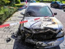 Opnieuw auto verwoest door brand in Dordrecht