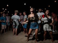 Aantal besmettingen stijgt verder, maar Nederland feest vrolijk door