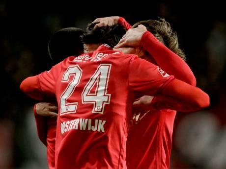 FC Twente-spits Jari Oosterwijk uit Lettele wordt omarmd in zware tijd en keert even terug bij GA Eagles